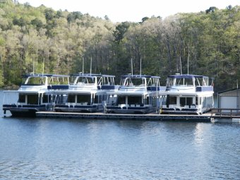 Houseboat Rental for Large Groups